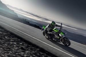 La nueva MY14 Kawasaki Z1000 – EL LLAMADO DE LA SELVA